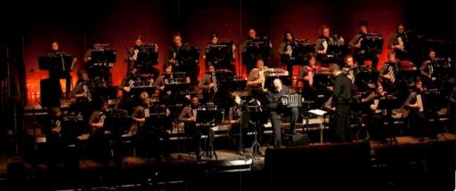 """Concert """"Hommage à Irène Jeanneret"""" du Club des Accordéonistes de la Ville de Bulle et de l'Orchestre de la Ville de Bulle"""
